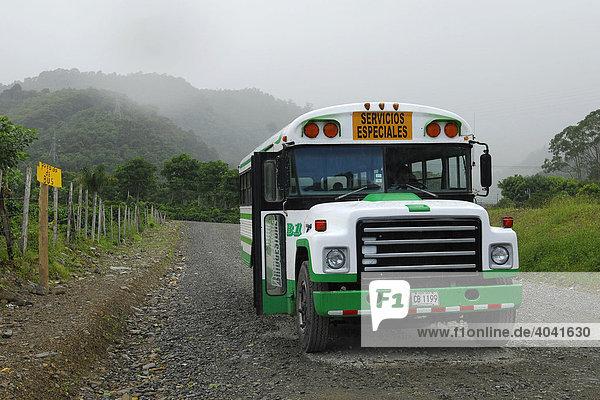 Linienbus  OrosÌ-Tal  Cartago  Costa Rica  Zentralamerika