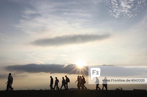 Extraschicht  Lange Nacht der Industriekultur  Thema Vulkanexpedition  auf dem Tetraeder  Halde in Bottrop  Nordrhein-Westfalen  Deutschland  Europa