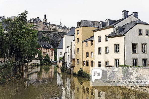 alte h user an der alzette blick auf bockfelsen europa luxemburg vorstadt grund. Black Bedroom Furniture Sets. Home Design Ideas