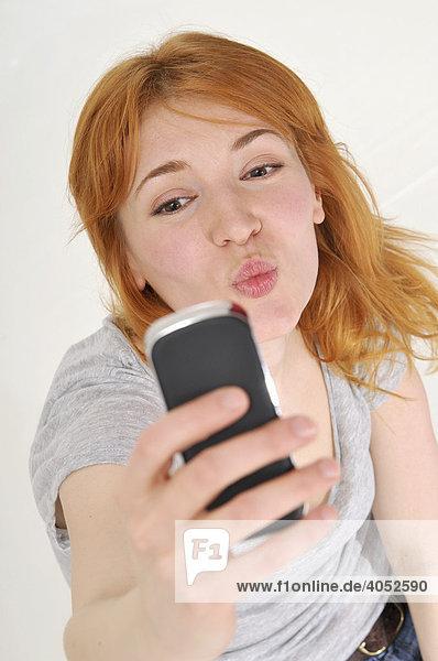 Online flirten: 10 Tipps, was Du ihr schreiben kannst