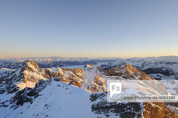 Der Altmann  2436 m  zweithöchster Berg im Alpstein  Kanton Appenzell Innerrhoden  Schweiz  Europa