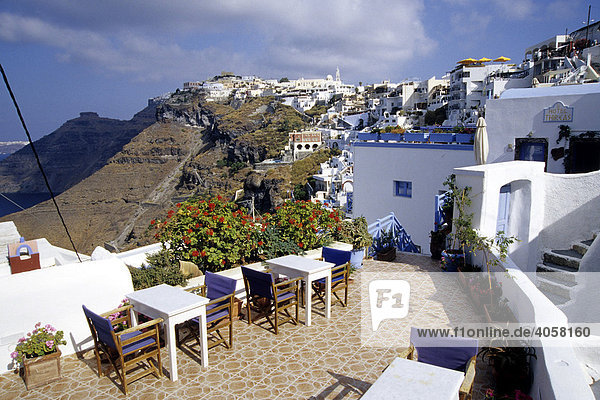 Fira  capital city  with its white houses at the crater rib of the volcano  view of the caldera  Island of Santorini  Thera or Thira  Cyclades  the Aegean  Mediterranean Sea  Greece  Europe