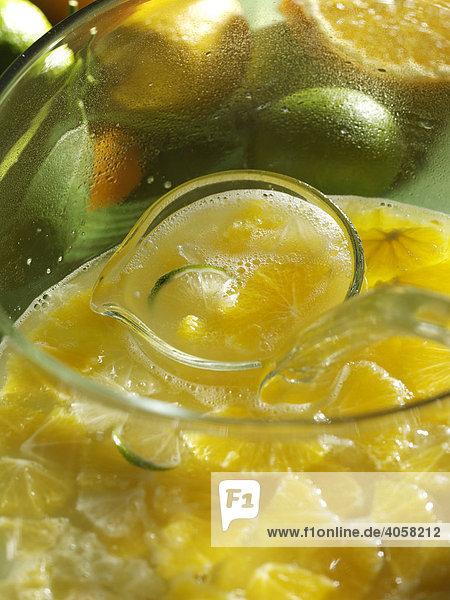 Bowle mit Zitrusfrüchten - Rezeptdatei vorhanden
