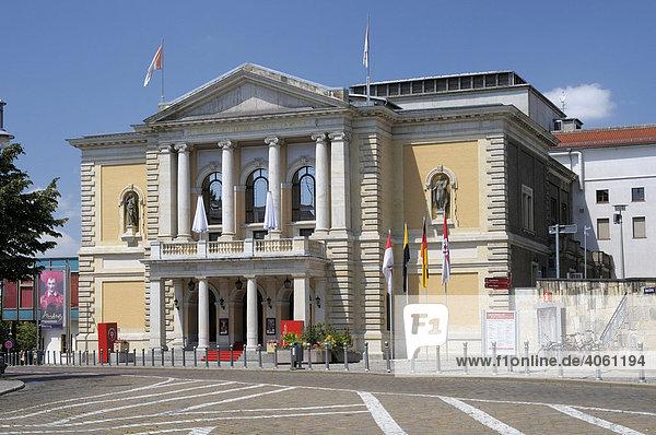 Opernhaus  Halle/Saale  Sachsen-Anhalt  Deutschland  Europa