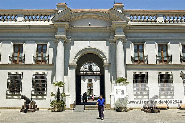 Innenhof des Palacio de la Moneda  Präsidentenpalast in Santiago de Chile  Chile  Südamerika