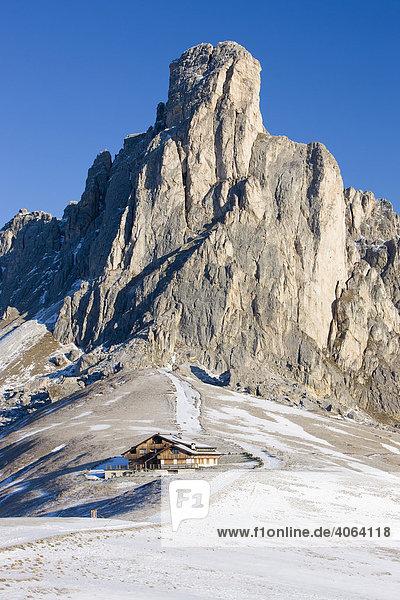 Ra Gusela  gesehen vom Passo di Giau  Ampezzaner Dolomiten  Belluno  Italien  Europa