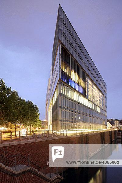 Bürogebäude Deichtorcenter  Hamburg  Deutschland  Europa