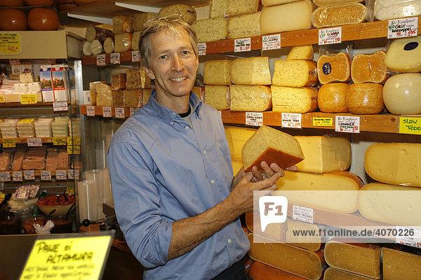 Loek de Loor  Eigentümer Käsegeschäft De Kaaskamer  Runstraat 7  Amsterdam  Niederlande  Europa