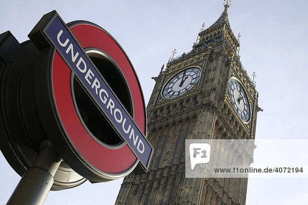 schild einer u bahn station vor dem big ben in london england gro britannien europa. Black Bedroom Furniture Sets. Home Design Ideas
