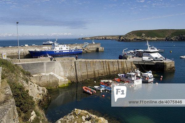 Bootshafen  Ile d'Ouessant  Bretagne  Frankreich  Europa