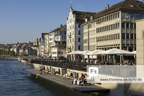 Limmat  Altstadt  Zürich  Schweiz  Europa