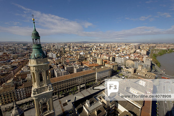 View of the city from the Basilica del Pilar  host city of Expo 2008  Zaragoza  Aragon  Spain  Europe