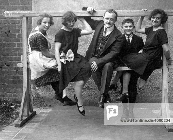 Historische Aufnahme  Familie  ca. 1930