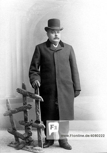 Historische Aufnahme  Herrenmode  ca. 1916
