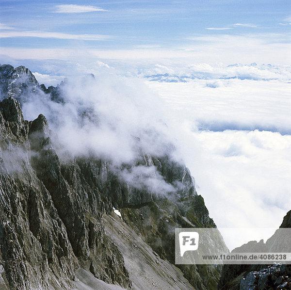 Kübelkar Wilder Kaiser Tirol Österreich vor den Zentralalpen