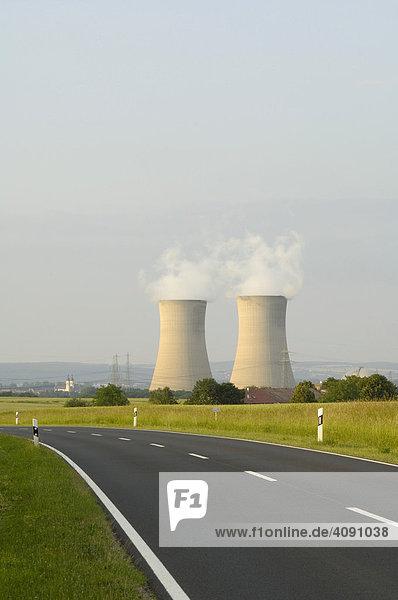 Kernkraftwerk Grafenrheinfeld bei Schweinfurt  Unterfranken  Bayern  Deutschland