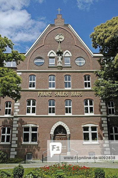 Franz Sales Haus  Pflegeheim  Essen  Nordrhein-Westfalen  NRW  Deutschland