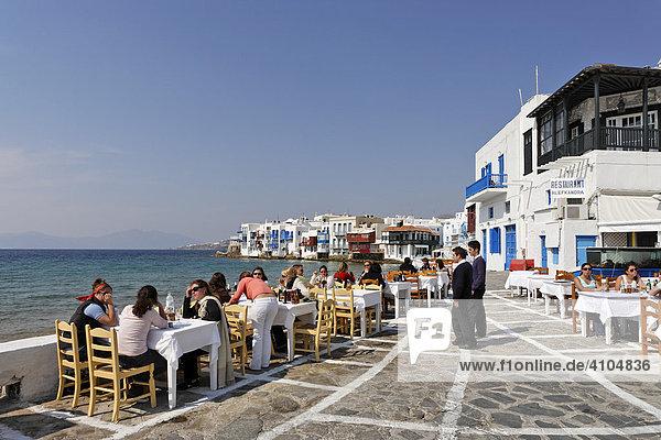 Restaurant Alefkandra mit tollem Blick auf Little Venice und das Meer  Mykonos  Griechenland