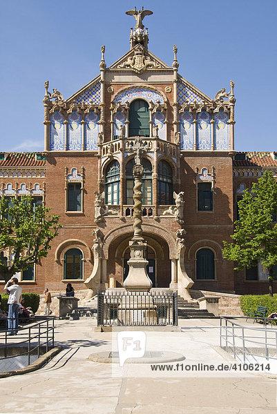 Gebäude auf dem Gelände des Hospital de la Santa Creu i de Sant Pau  Stadtteil Eixample  Barcelona  Spanien  Europa