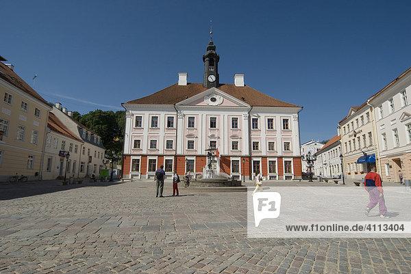 Rathaus  Tartu  Estland