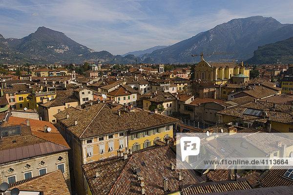 Ortsbild  Riva del Garda  Gardasee  Gardisienne Occidentale  Italien
