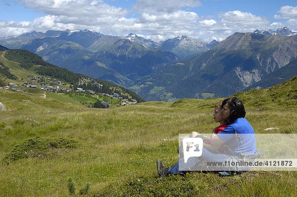 Blick von der Riederfurka auf die Riederalp  Wallis  Schweiz  Europa