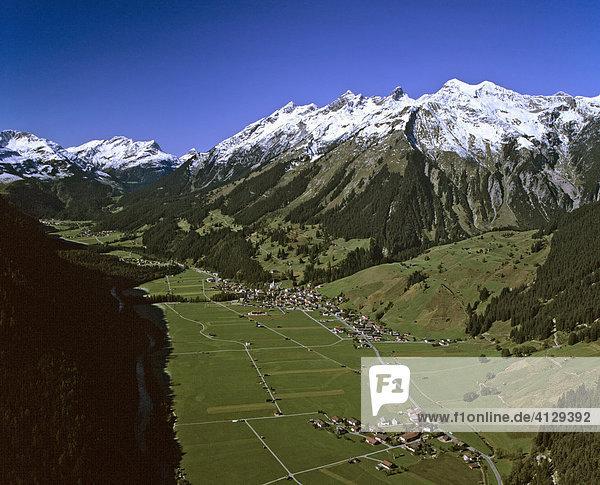 Holzgau im Lechtal  Lechtaler und Allgäuer Alpen  Tirol  Österreich
