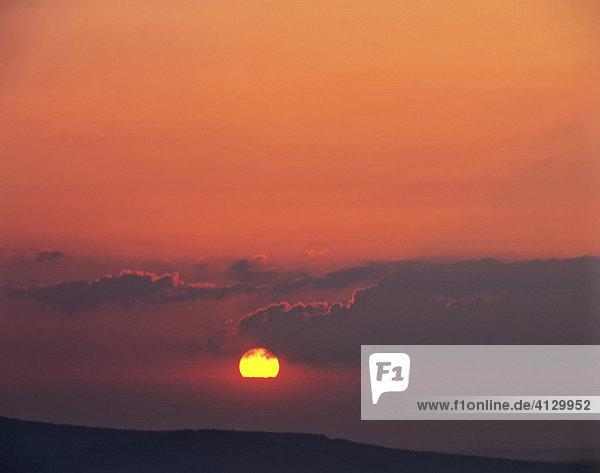 Abendhimmel  Dämmerung  Sonnenuntergang  Wolkenstimmung