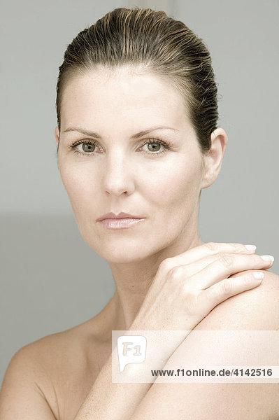 Beauty - Portrait von Frau in den Dreißigern