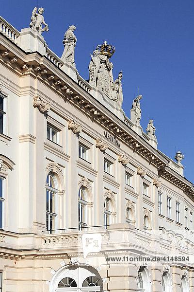 Albertina  Palais Erzherzog Albrecht  Blick vom Burggarten  Wien  Österreich