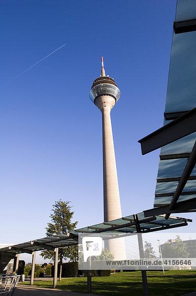 Fernmeldeturm Düsseldorf  Nordrhein Westfalen  Deutschland