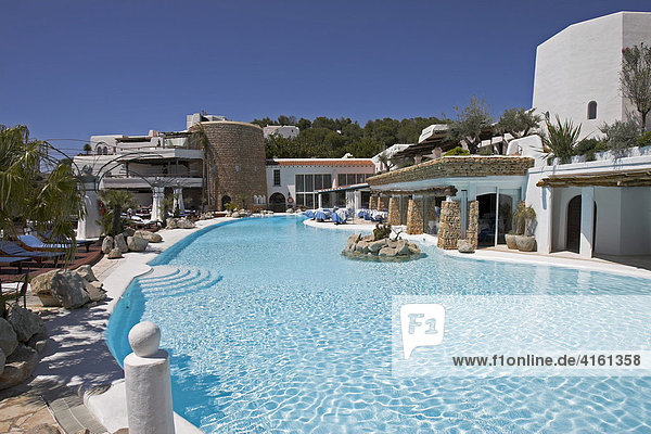Poolanlage vom Hotel la Hacienda Na Xanema  Ibiza  Spanien