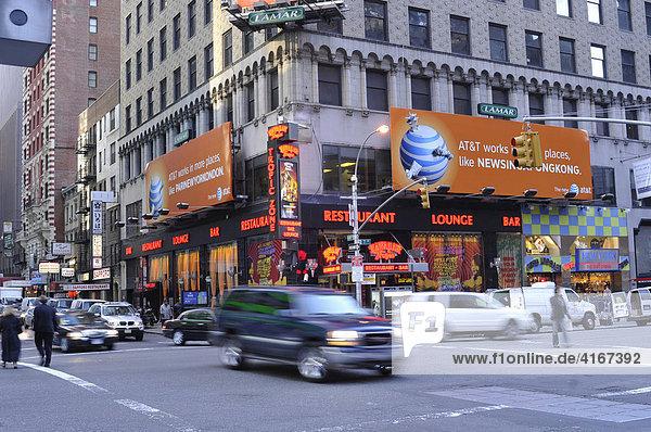 Straßenkreuzung Manhattan  New York  USA