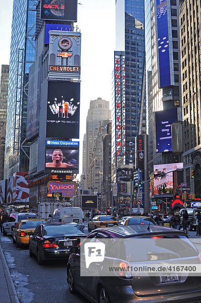 Times Square am Abend  New York  USA