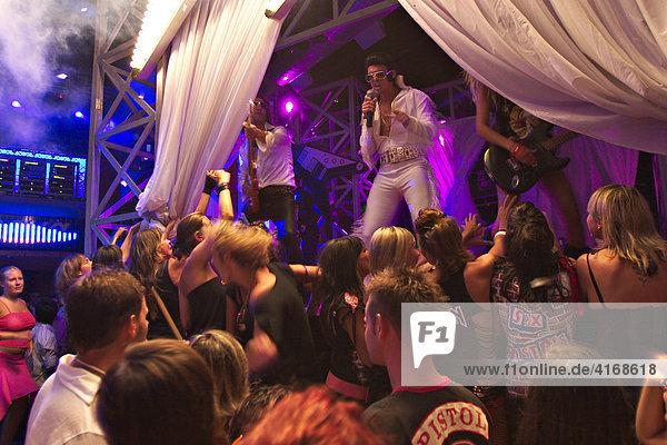 Elvis Presley imitator in Amnesia Disco - Ibiza