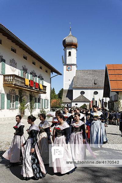 Fronleichnamsprozession in Gmund am Tegernsee  Oberbayern   Deutschland