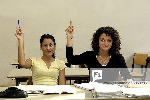Auszubildende / Schülerinnen im Unterricht