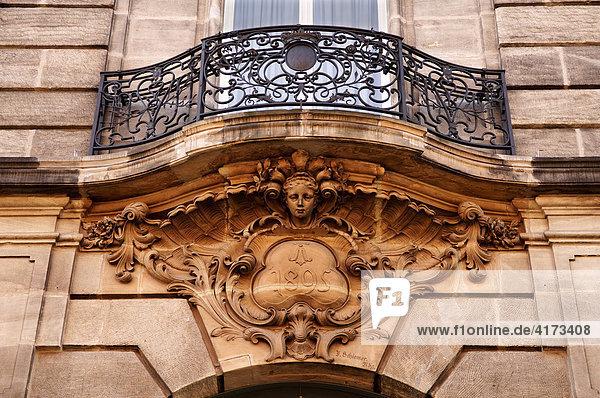 Dekorativer Balkon von 1895  Fürth  Mittelfranken  Bayern  Deutschland