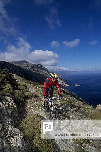 Mountainbiker  Amorgos  Kykladen  Griechenland