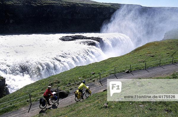 Radfahrer  Gullfoss  Island
