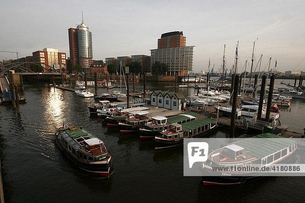 Hamburger Hafen  Hamburg  Deutschland  Europa