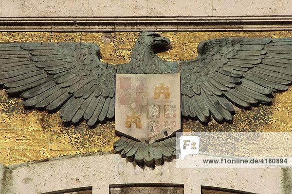 Wappen mit Adler am Rathaus Cagliari Sardinien Italien Europa