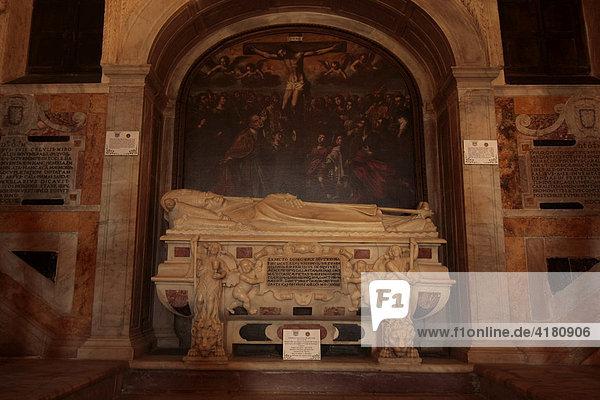 Grabstein im Dom zu Cagliari (Kirche Santa Maria di Castello) Cagliari Sardinien Italien Europa