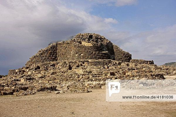 Su Nuraxi  bronzezeitliche Turmbauten  UNESCO-Welterbe  Barumini  Sardinien  Italien