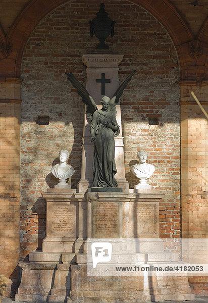 Grab von August Freiherr von Wendland, Alter Südfriedhof München, Bayern, Deutschland