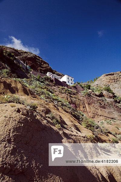 Ein Haus im Hang in den Bergen von Gran Canaria  Kanarische Inseln  Spanien