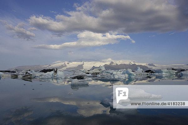Jökulsárlón  Gletschersee am Vatnajökull  Island