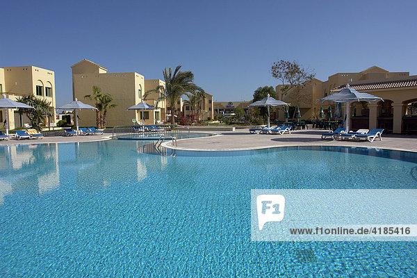 Badeort Hurghada am Roten Meer. Anlage des Hotels Hilton Long Beach Resort  Hurghada  Ägypten