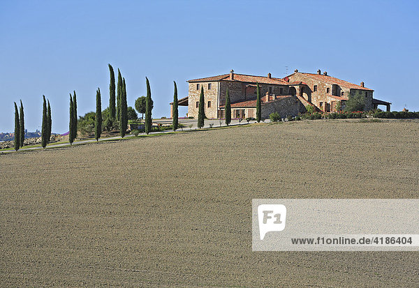 Bauernhaus bei San Quirico d'Orcia  Crete  Toskana  Italien
