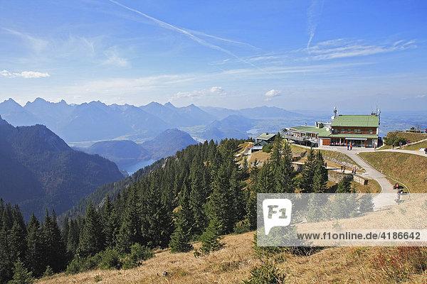 Tegelberghütte auf dem Tegelberg  Schwangau  Bayern  Deutschland